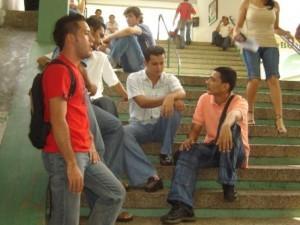 Jóvenes, Talentos Innatos a participar de becas en el exterior